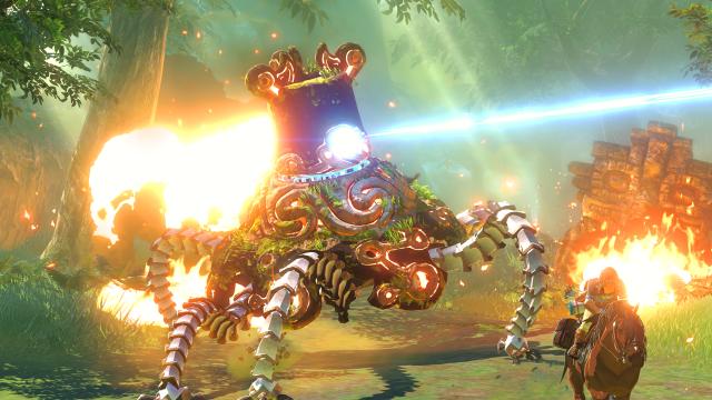 Zelda_WiiU_Link_Fleeing_Enemy_on_Horseback